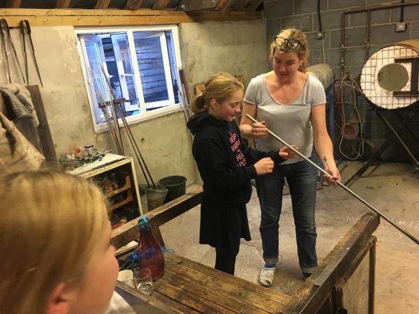 Hanford School-Glass Blowing with Emsie Sharp 15