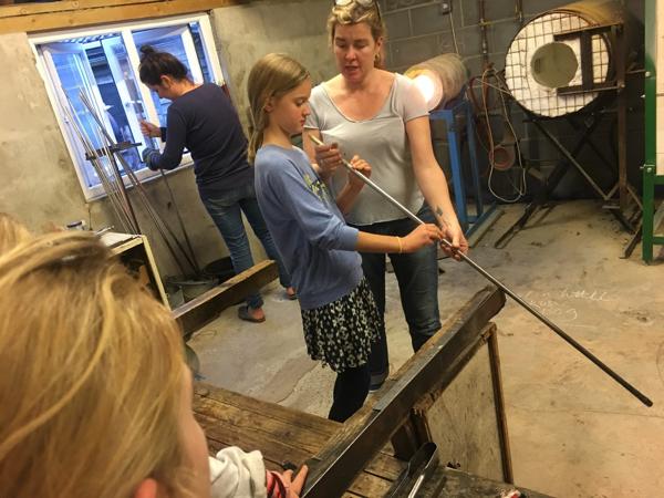 Hanford School-Glass Blowing with Emsie Sharp 16