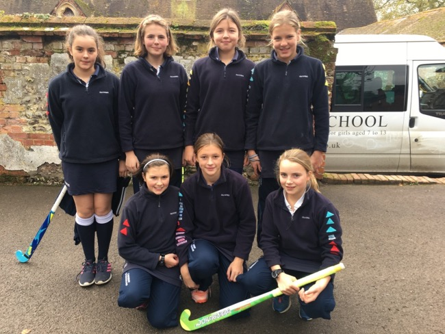 Hanford School-Hockey v Port Regis 4