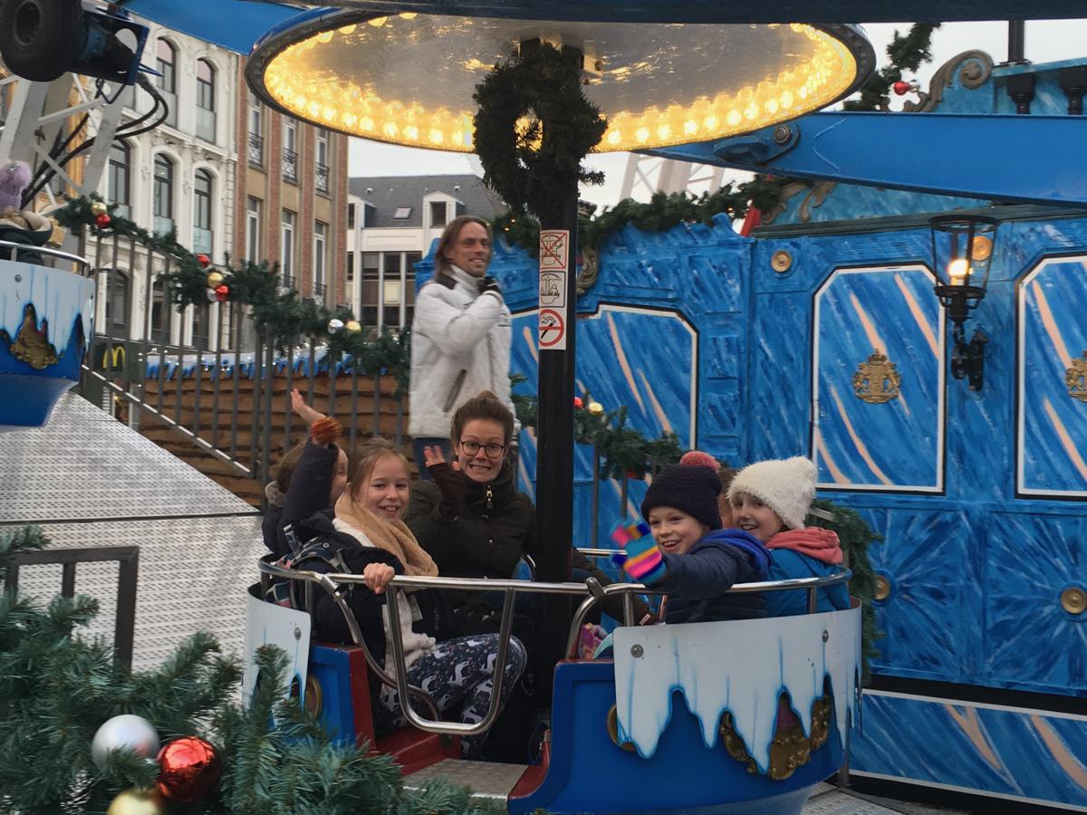 Hanford School-Christmas French Trip Vth and IVth Form 9