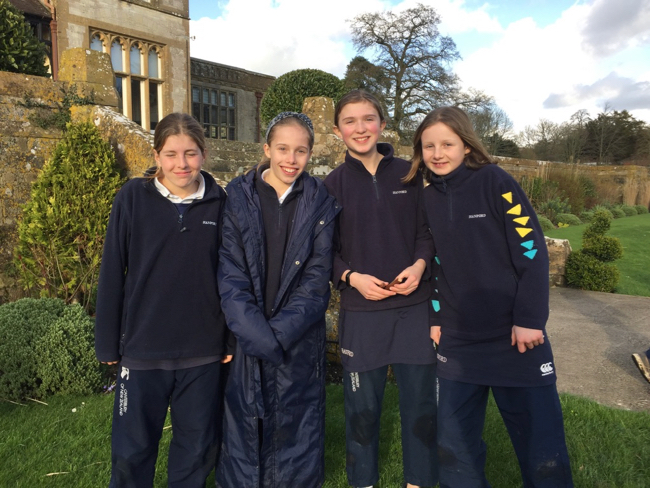 Hanford School-Clayesmore Relays match report 3