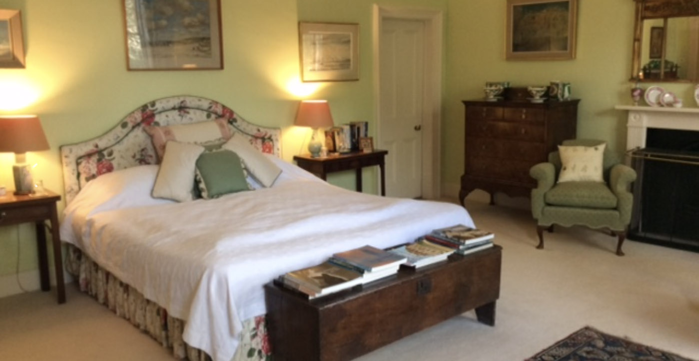 Hanford School-Places to stay 8